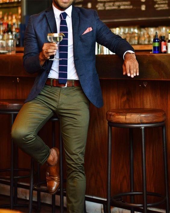 Como Combinar Un Pantalon Verde Militar Moda Para Hombres Asesoria De Imagen Personal